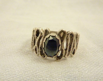 Vintage Sterling Silver and Hematite Ring Size 8 1/2