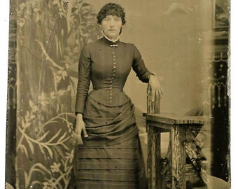 Miscut Tintype -Landscape/Interior Backdrop - Pretty Woman