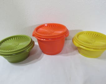 Tupperware Bowls Set of 3 with Servalier Lids