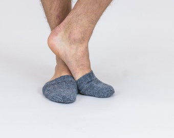 Hand knitted wool TOE-STIES by Ramune Toleikyte  in Shade / Dark grey