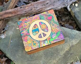 Woodburn Art Box / Woodburned Humidor Box / Peace Sign Box / Psychedelic Humidor Box / Hippie Box / Groovy Humidor Stash Box