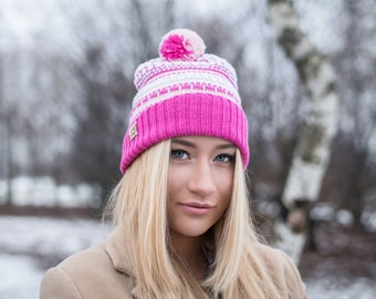 Knitted beanie, Slouchy hat, Colorful cap, Gift for her, Cap with pompom, gift for girl, Merino wool knitted hat, Snowboarding cap
