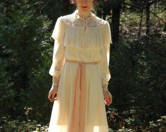Size Medium... Vintage 1970s Victorian Revival Romantic Dress... Lace Neo Victorian 70s Dress