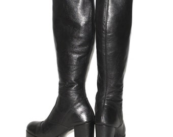 Vintage PLATFORM GOGO Boots 70s Black Leather 8.5