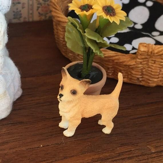 Miniature Chihuahua Figurine, Dollhouse Miniature, 1:12 Scale, Dollhouse Dog, Mini Dog Figurine, Standing Chihuahua
