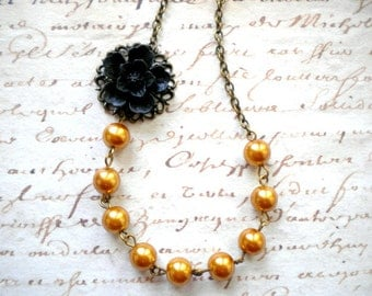 Gold Pearl Necklace Sister In Law Gift Black Flower Necklace Gold Bridesmaid Necklace Gift For Her Maid Of Honor Necklace Romantic Jewelry