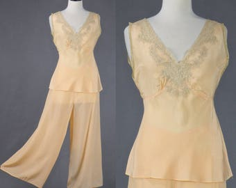 Vintage 1930s Pajamas, 30s Lounging Pajamas, Wide Leg Pajama Pants and Lace Top