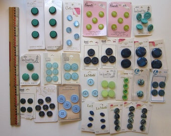 vintage buttons - 27 cards - blues and greens - vintage notions, vintage buttons