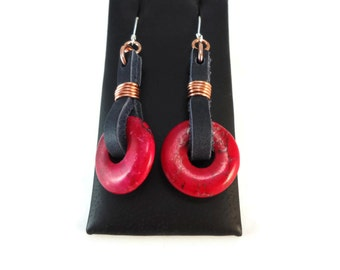 Navy Blue Leather Drop Earrings Magenta Magnesite and Copper Jewelry Design, Hot Pink Earrings Bohemian Jewelry Pink and Blue