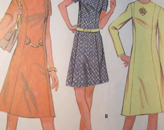 McCalls 2624 Vintage 1970's Princess Seam A-line Dress Pattern - Stand Up Collar Dress Pattern - Front Detail Dress Pattern -Size 18 Bust 40