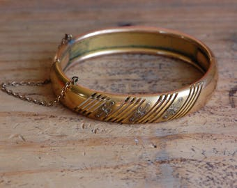 Antique Victorian 1910s hinged goldtone bangle with monogram