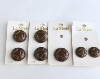 """La Mode Brown Faux Leather Plastic Shank Buttons Lot 3/4"""" and 1"""" Diameter Sizes 30 and 40 Unused on Cards NOS"""