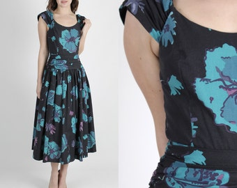 Laura Ashley Dress Boho Dress Floral Dress 80s Dress Party Dress Navy Dress Vintage Floral Wedding Cotton Full Skirt Tea Midi Maxi Dress M