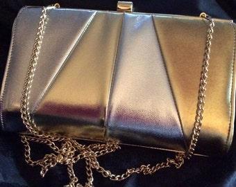 Vintage 1980s 1990s Clutch Evening Handbag Purse Silver & Gold Color Detachable Chain Shoulder Strap