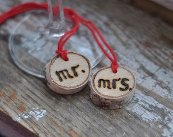 Wedding Wine Charm • Mr and Mrs Wine Charm • Birch wedding