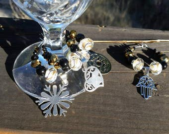 Black and Gold Wine Glass Charm Set - Crystal Beaded Charms - Snowflake, Heart, Hamsa - Housewarming Gift Ideas - Gifts for Mom - Set of 4