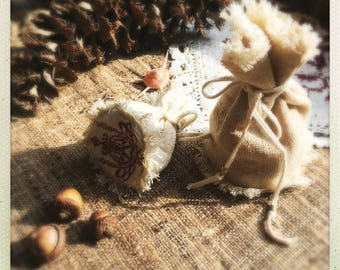 Jewellery Crystals Medicine Jade Egg case pouch with Ornament embroidery Natural Eco friendly