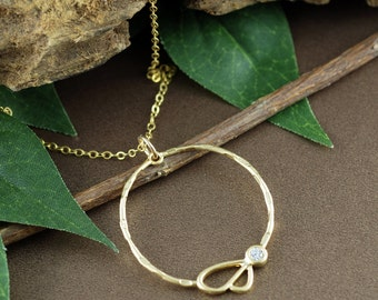 Gold Pendant Necklace, Round Gold Necklace, Gold Trendy Jewelry, Bridal Jewelry, Bridesmaid Gift, Wedding Jewelry, Gift for Her