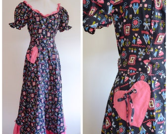 1940s Novelty print folk peasant cotton day dress / 40s sweetheart neck ruffle full length printed dress - S
