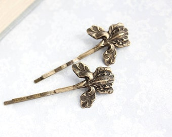 Rustic Iris Bobby Pins Antiqed Brass Hair Pin Woodland Wedding Spring Garden Easter Flowers For Hair Bridesmaids Gift Boho Chic Bobbies
