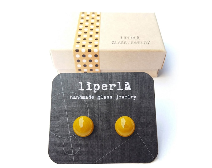 Yellow stud earrings, Mustard yellow fused glass stud earrings, 8,5 mm small mustard studs