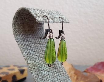 Olivine Teardrop Earrings - Antiqued Copper Czech Glass Earrings - Vintage Olivine Earrings