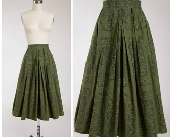 1950s Vintage Skirt • Garden Frost • Green Printed Cotton 50s Pleated Skirt Size Small