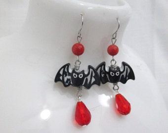 Vampire Bat Gothic Beaded Dangle Earrings Red and Black Halloween Bat Drop Earrings