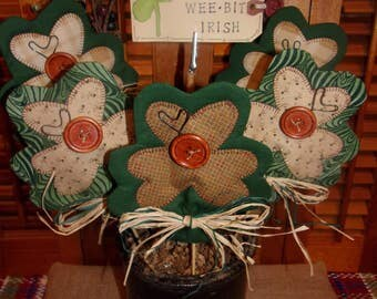 Primitive Country Shabby Chic Bouquet of St. Patrick's Day SHAMROCKS Make-Do Crock Pokes Decorations Ornaments Ornies