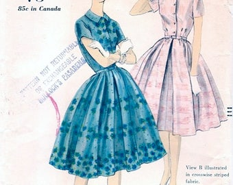 Pretty Vintage 1950s Vogue 9919 Full Skirted Shirtwaist Party Dress Sewing Pattern B32