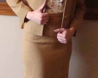 CARAMEL 1960's pencil SKIRT SUIT jacket set xs