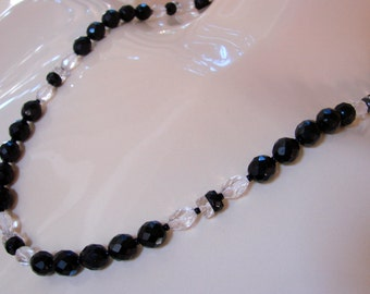 Vintage Black & Crystal Faceted Bead Necklace Jewelry Jewellery