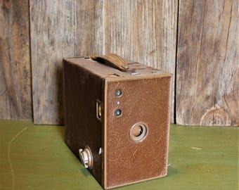 Kodak Brownie Camera #2A Model C Eastman Kodak Co Brown Film Photography Collection Home Decor Vintage 1930s 30s (LH)