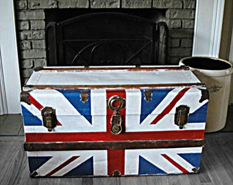 British Flag Steamer Trunk Antique Trunk Stagecoach Vintage Chest Coffee Table Treasure Chest Movie Props Steamer Luggage Blanket Chest