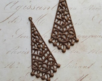 Vintaj Natural Brass {Filigree Drops Pendant} 2 Pcs - Exclusive