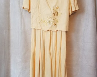 L XL Extra Large Vintage 80s Pale Cream/Yellow Embroidered Modest Spring Secretary Mother of the Bride Easter Dress