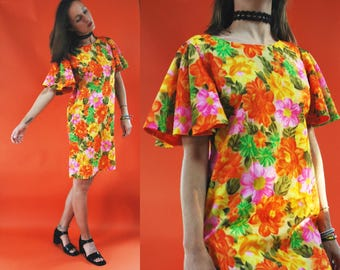 1970s Angel Sleeve Citrus Floral Shift Dress