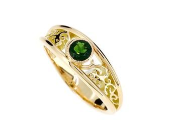 10% SALE Size 6, Chrome tourmaline engagement ring, filigree, white gold ring, green tourmaline, unique, tourmaline, bezel