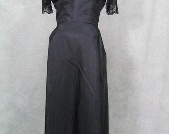 1950s Dress Sheer Black Lace Bodice Gathered Back Medium Large Size