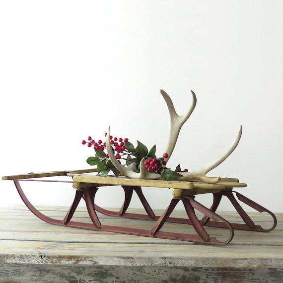 Vintage wooden sled antique childs 39 sled tabletop sled for Antique sled christmas decoration