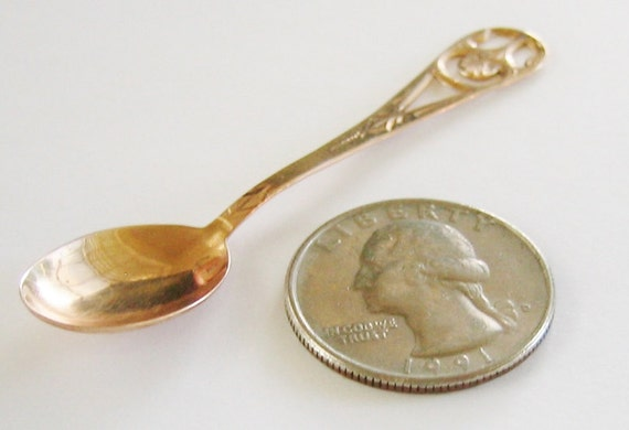 Antique....10K Solid Yellow Gold, Tea or Salt Spoon.... Super RARE !