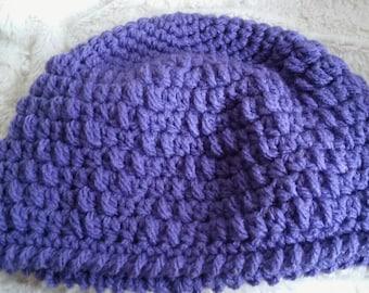 Girls beanie hat in purple with a matching hand mitt/muff/chunky-purple girls hat with matching hand warmer