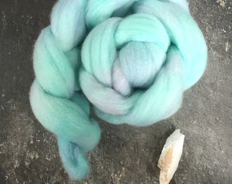 Pure Australian wool roving, hand dyed wool roving, hand dyed top, spinning wool, hand dyed spinning wool, 100% wool roving, felting, fibre