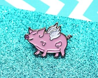Flying pig pin, enamel pig pin, pig pin, pins, pig jewellery, pig gifts, motivational pin, enamel pin badge, fun pin, cute animal pin