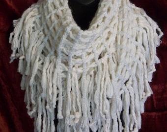 women scarves, infinity scarf, fall winter scarf, crochet, warm, chunky, circle, beige, fringe, hippie boho bohemian, chunky circle scarf