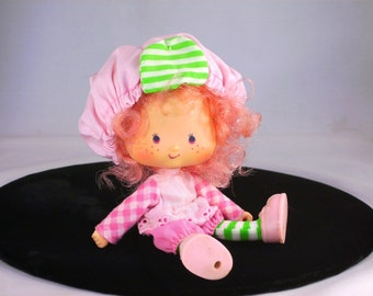 Vintage Strawberry Shortcake Doll Raspberry Tart Vinyl Kenner Kids Toy 1980s Hat Attached Birthday Christmas Gifts for Girls Collectors Her