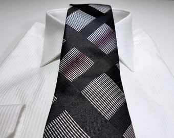Silk Tie in Checks with Tickled Pink Black Silver