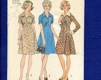 1970's Simplicity 5914 Slimming A-Line Dress with Large Pointed Collar Size 18.5