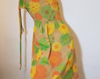 FREE  SHIPPING   1950 Crepe Hourglass  Dress