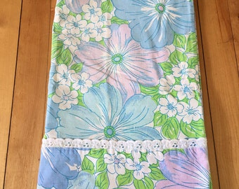 Vintage 1970s Blue Purple Floral Pillowcase!